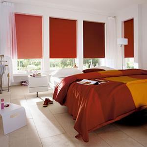 Memilih Tirai Cantik untuk Kamar Tidur